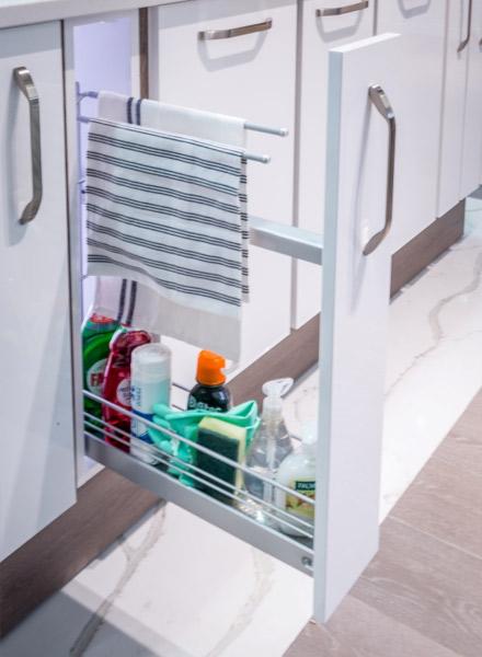 Kitchen-Base-Unit-Pull-Out-Towel-Rail
